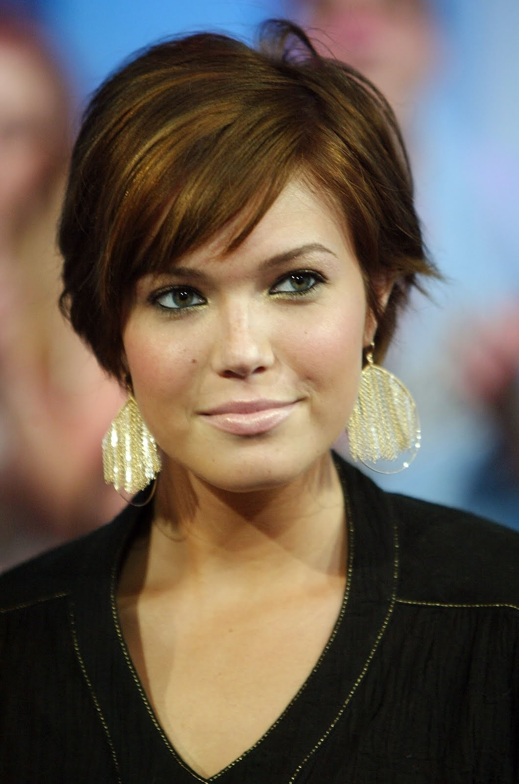 30 Gorgeous Short Haircuts For Round Faces regarding Pixie Bob Haircut For Square Face