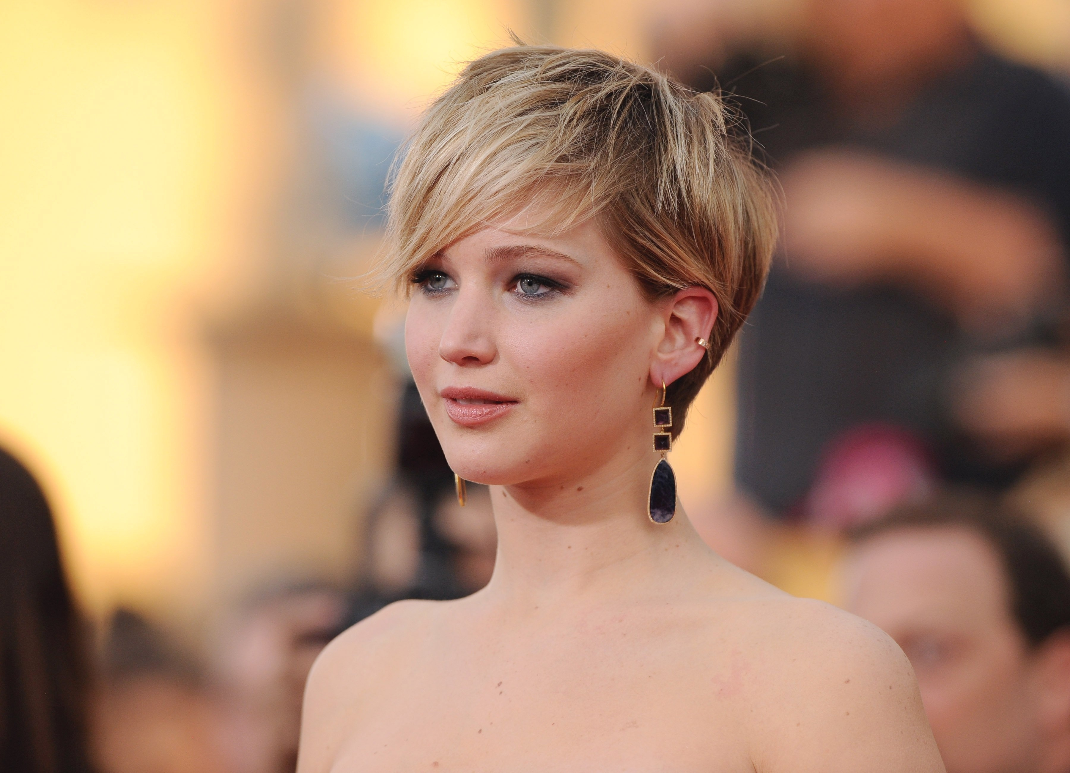 35 Fabulous Short Haircuts For Thick Hair with regard to Haircut For Thick Hair Short