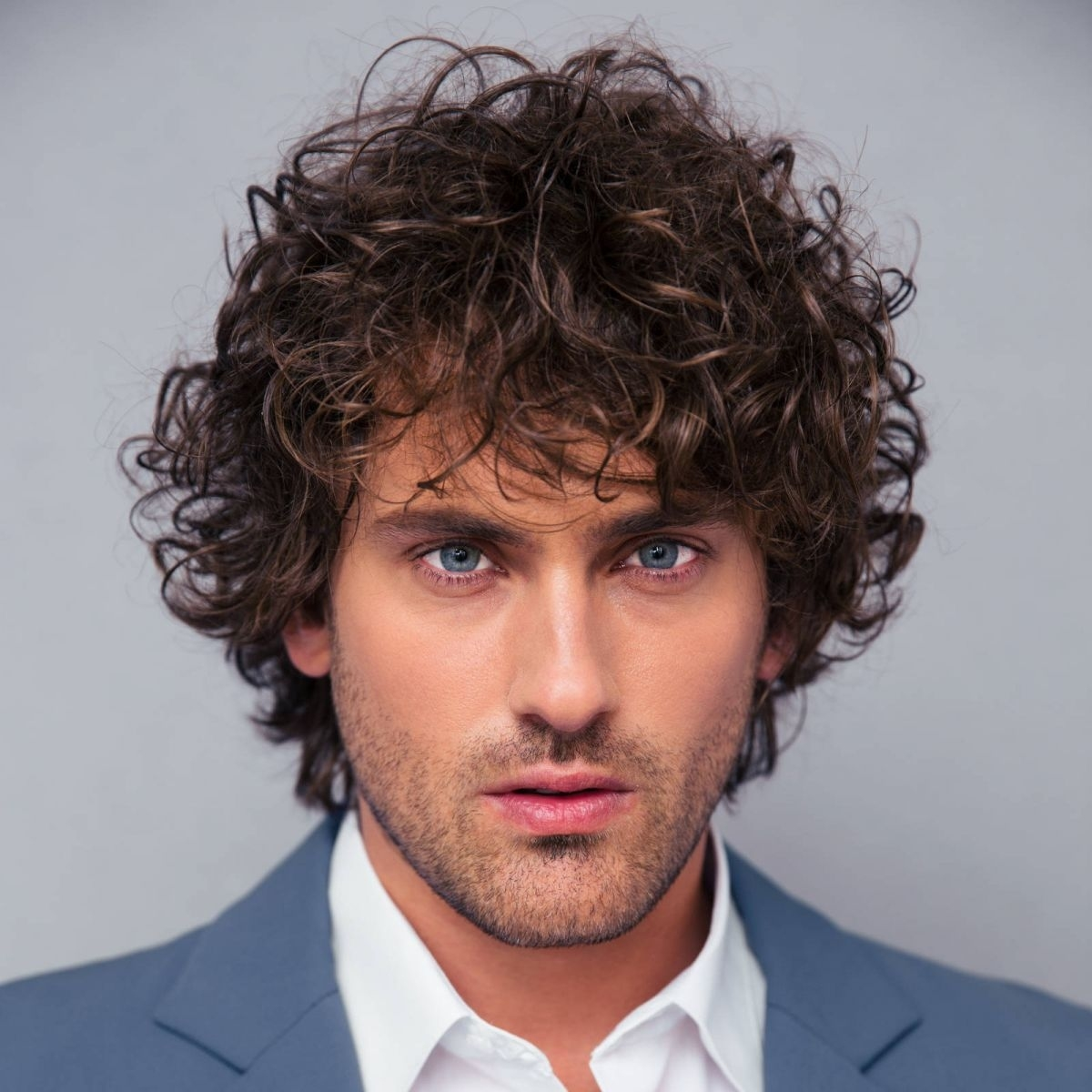 Best Haircut For Curly Hair Male Round Face Lajoshrich Com