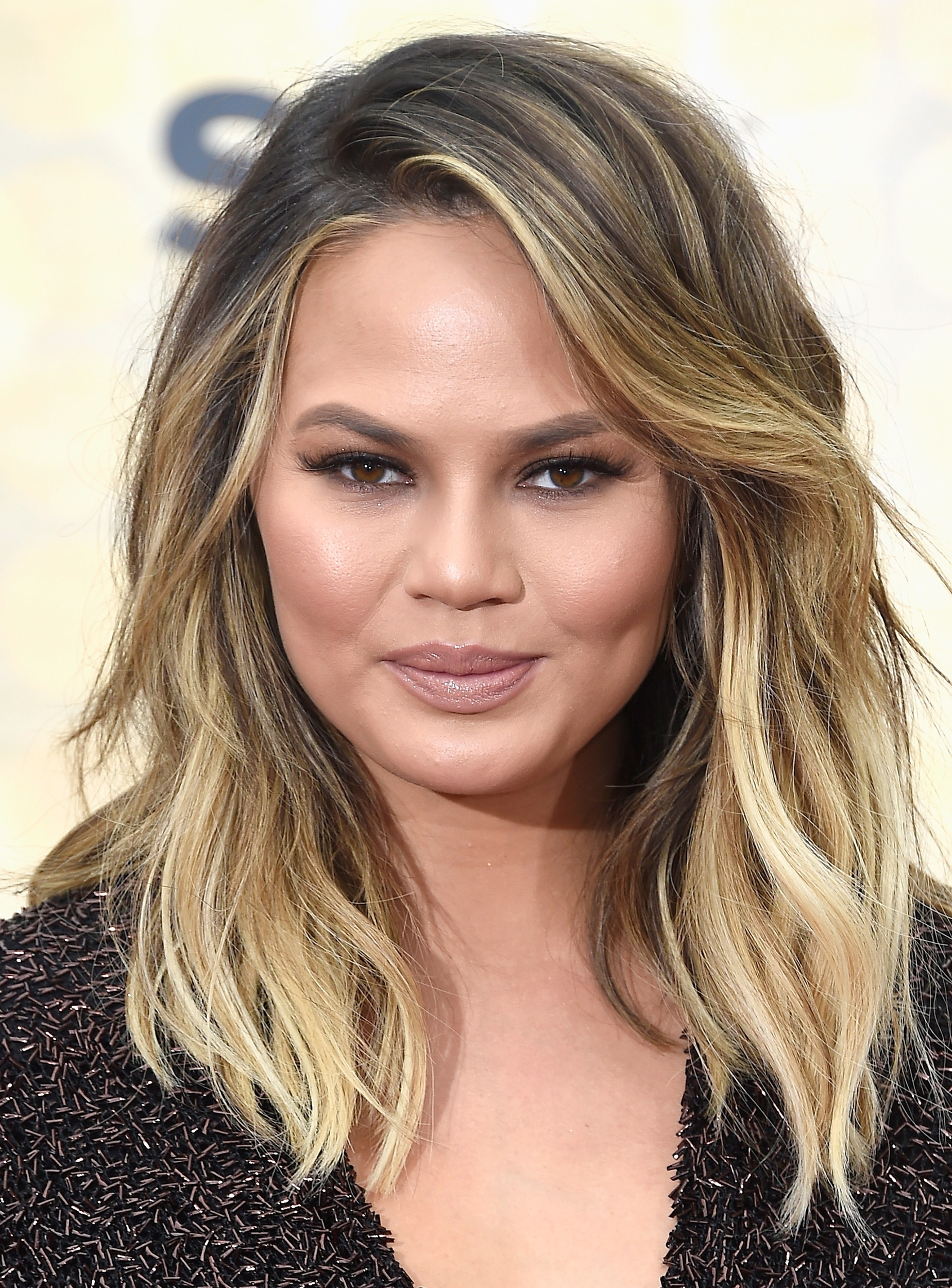 Bestyle For Round Faces Ssyles Chrissy Teigen intended for Best Haircut For Square Heart Face