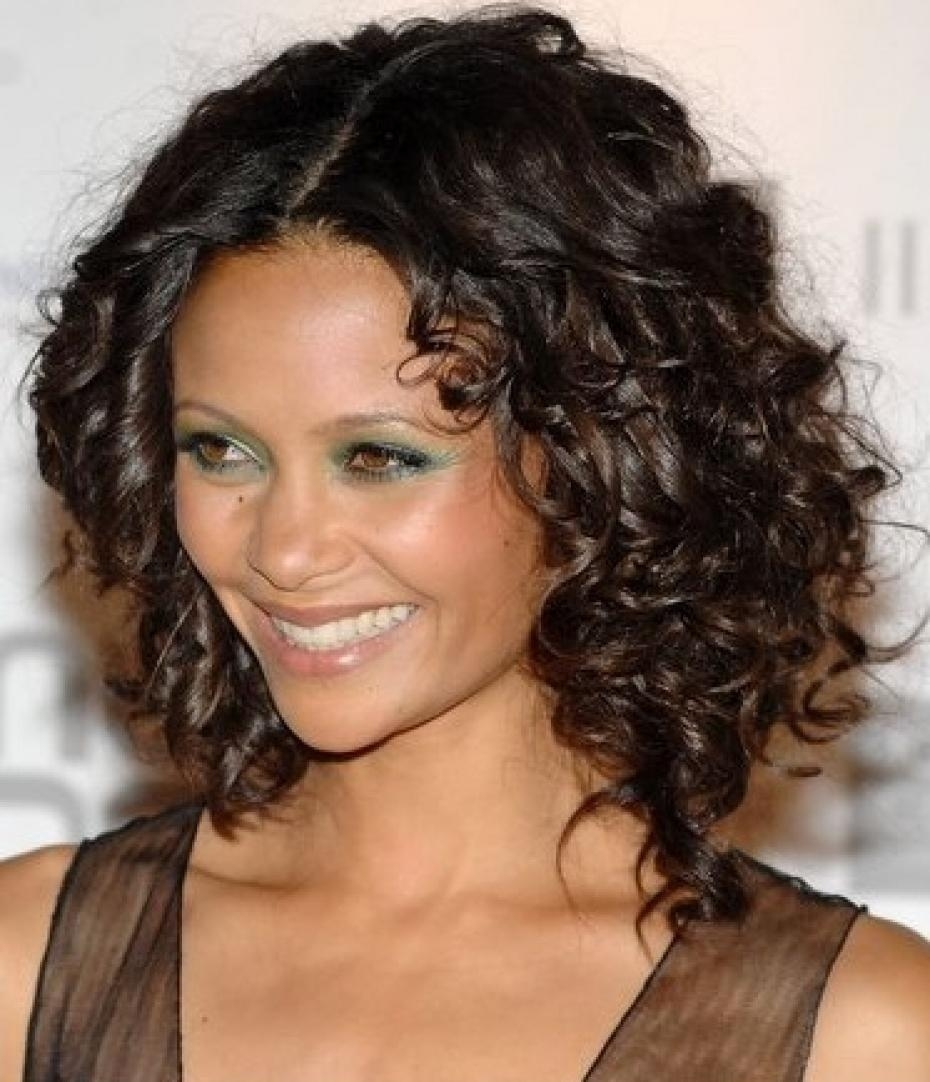 Curly Hairstyles For An Oval Face - Hair World Magazine in Haircut For Thick Hair And Oval Face