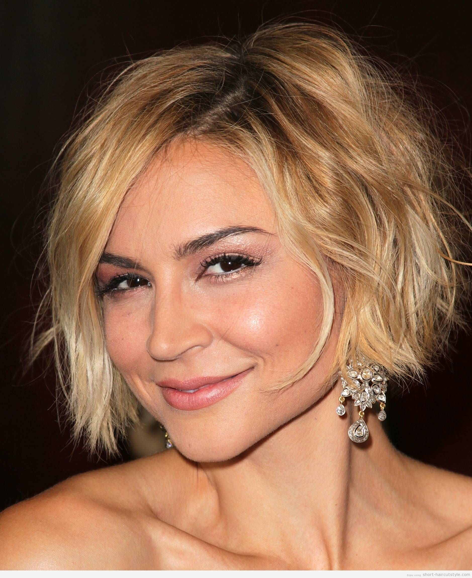 Cute Short Haircuts For Women With Square Faces | Everlasting within Cute Short Haircut For Square Face