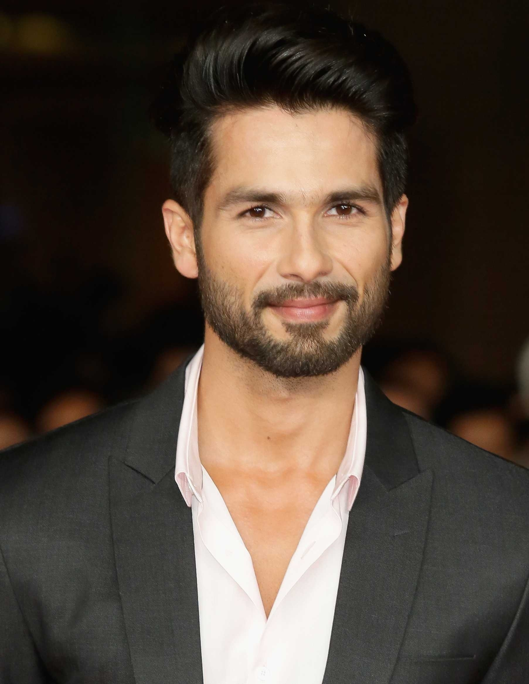 Haircut Styles For Men - How To Choose The Best Hairstyle For Your in Hairstyle For Square Face Indian