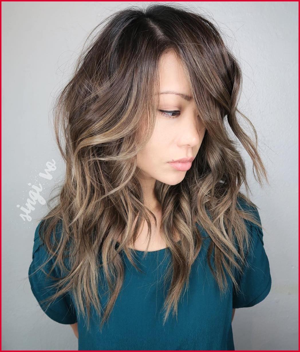 Haircuts For Thick Hair Oblong Face Wavy Haircut