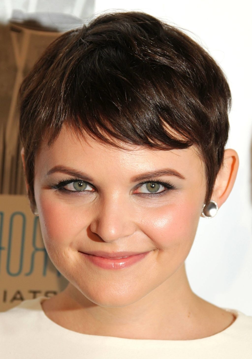 Haircuts For Very Round Faces   Hair Color Ideas And Styles For 2018 regarding Haircut For Very Round Face