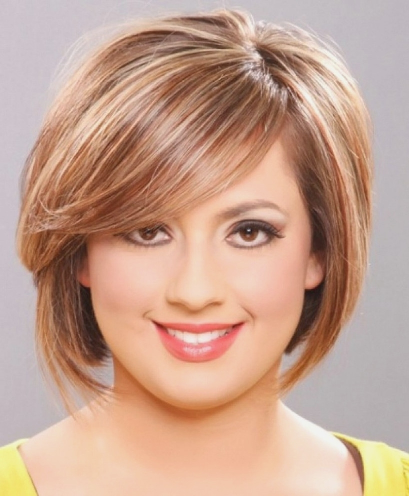 Layered Short Haircuts For Curly Hair And Round Faces - Hairstyles in Haircut For Fat Round Face Female
