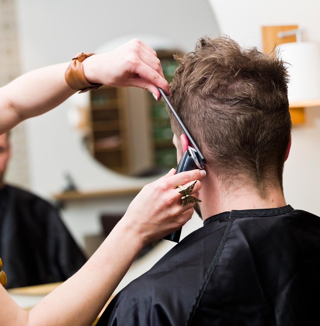 Looking For A Cheap Men's Hair Saloon In Abu Dhabi ? - Uaezoom with Best Haircut Salon Abu Dhabi
