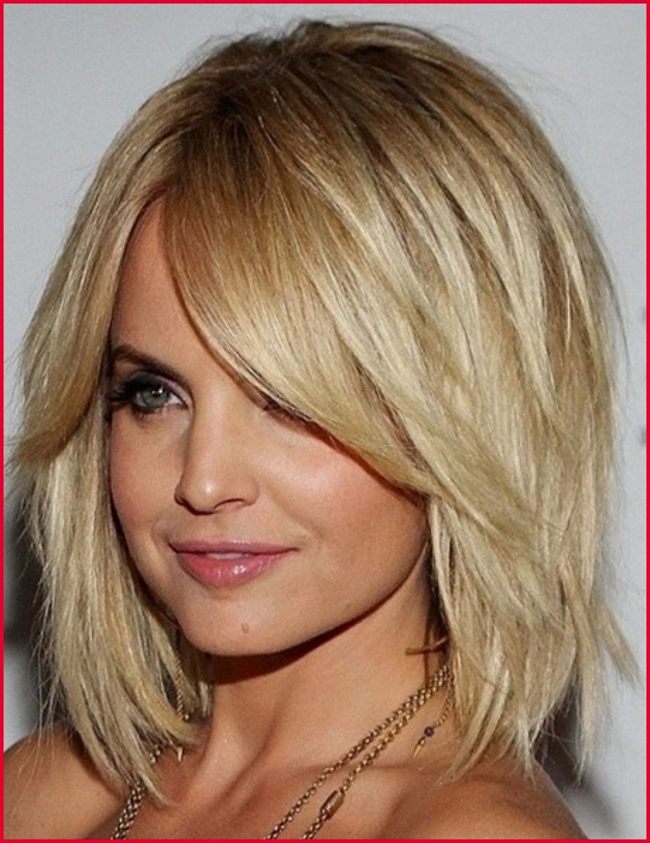 Medium Length Hairstyles For Square Faces 277569 Medium Length in Hairstyle For Square Face Thick Hair