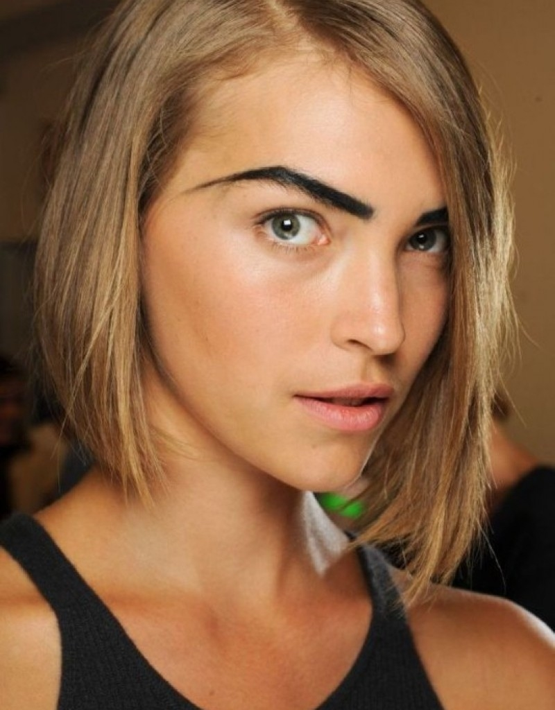 Short Hairstyles For Thin Hair With Oval Face - Hollywood Official in Haircut For Oval Face And Thin Hair