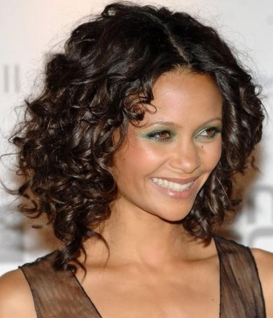Some Of The Best Haircuts For Curly Hair - Yasminfashions intended for Best Haircut For Oval Face And Curly Hair