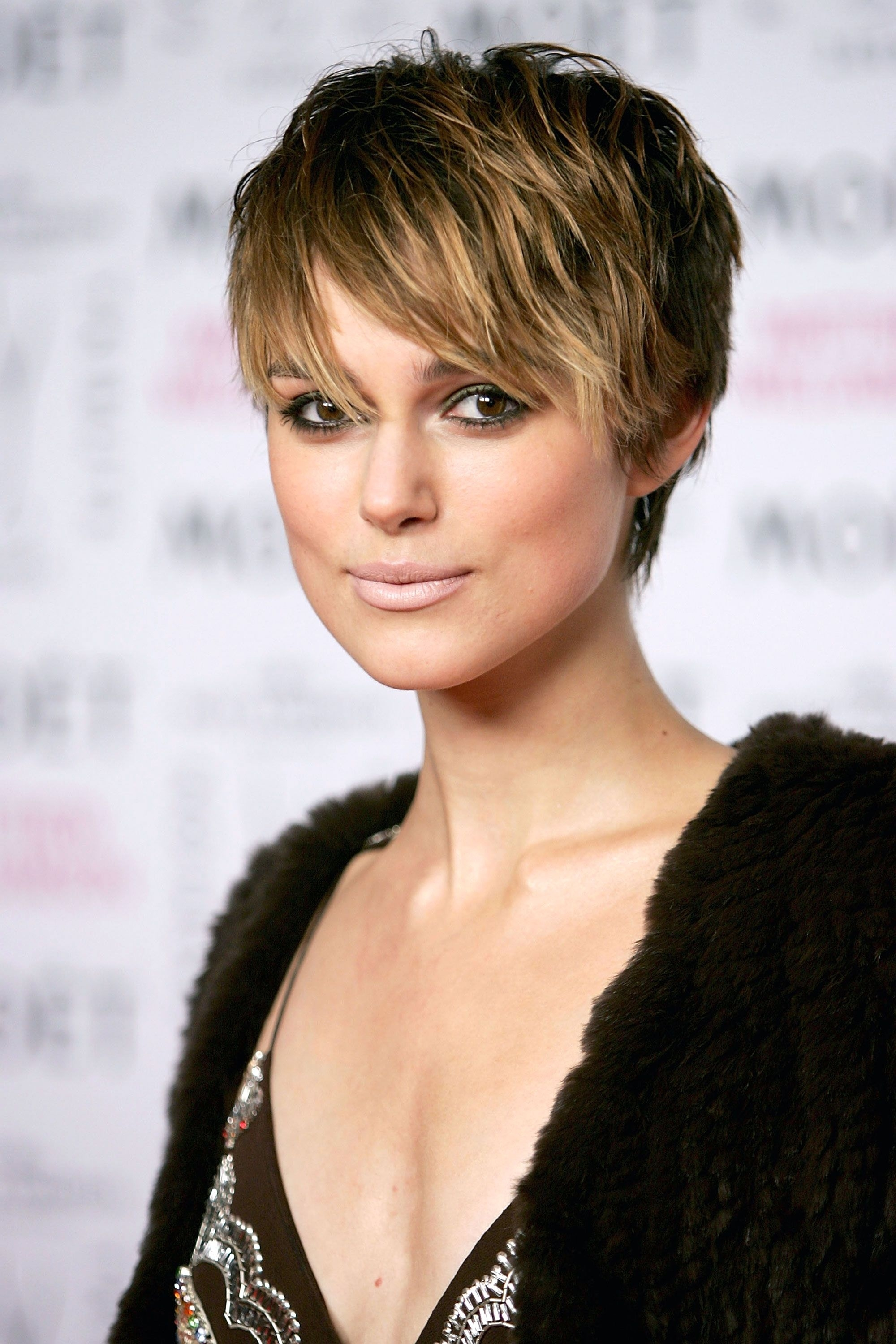 Long Pixie Haircut For Square Face Wavy Haircut