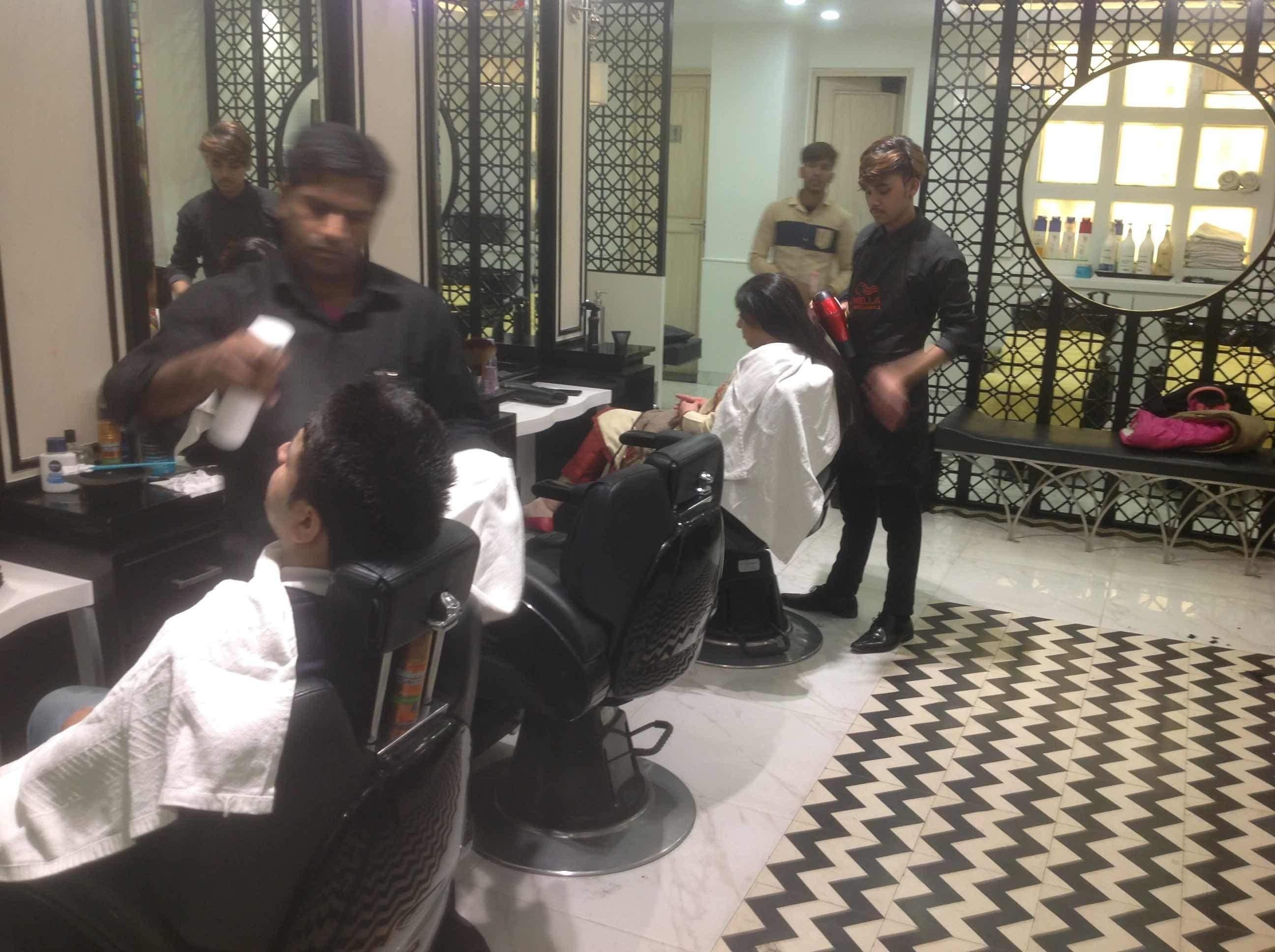 Trendz Salon, Rajouri Garden - Salons In Delhi - Justdial with Haircut Salon In Rajouri Garden
