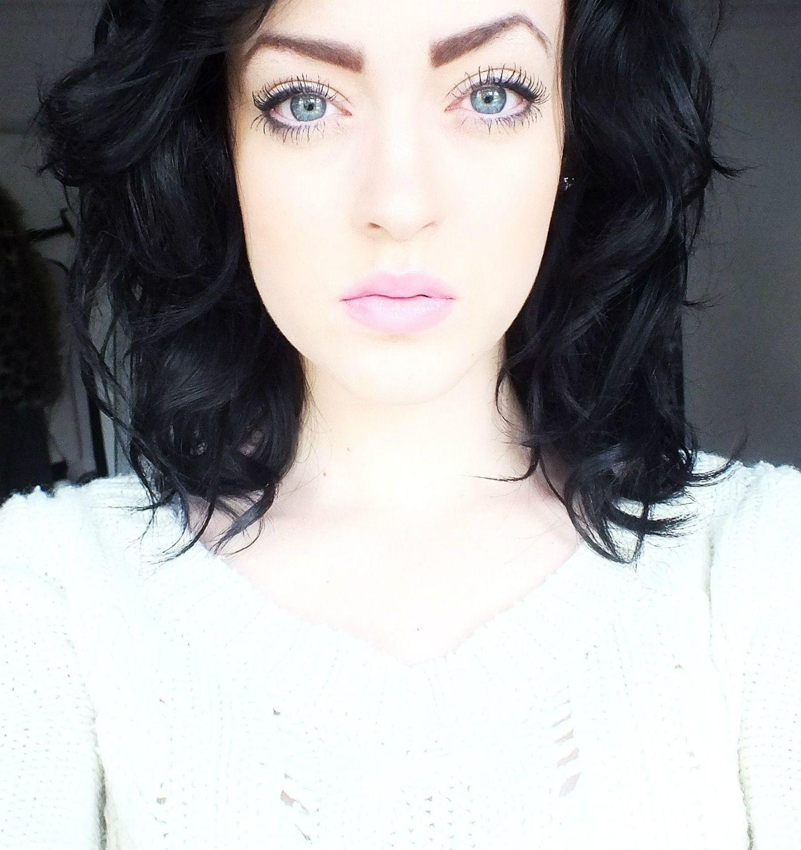 Dark Hair Pale Skin - Cool Pink Lips | Beauty | Hair Pale Skin, Hair with Makeup Pale Skin Blue Eyes Light Brown Hair