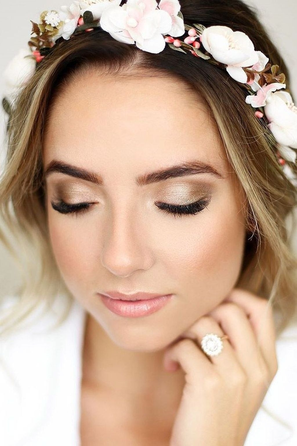 Natural Wedding Makeup Ideas To Makes You Look Beautiful 32 with Bridal Makeup Ideas Pictures