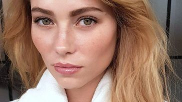 Pinterest: Deborahpraha ♥ Medium Lenght Hair Strawberry Blonde within Eye Makeup For Hazel Eyes And Strawberry Blonde Hair