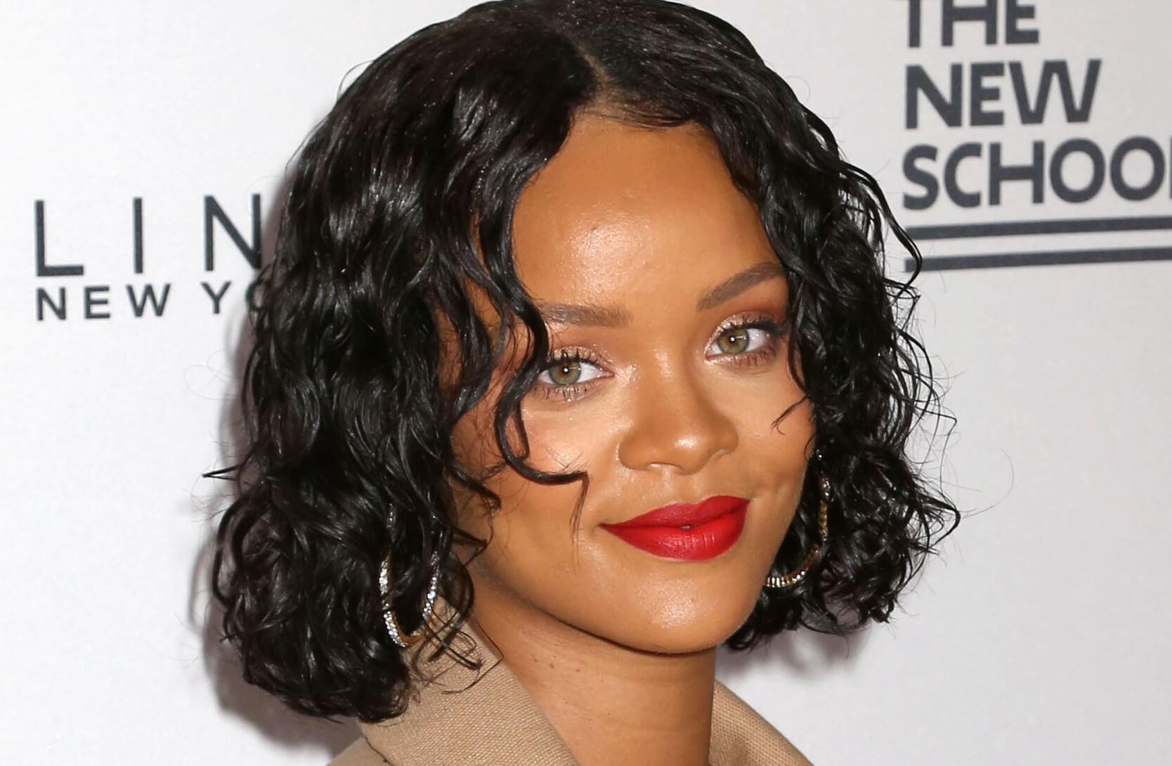 Makeup For Hazel Eyes: How To Make Them Pop regarding Makeup For Hazel Eyes And Black Hair