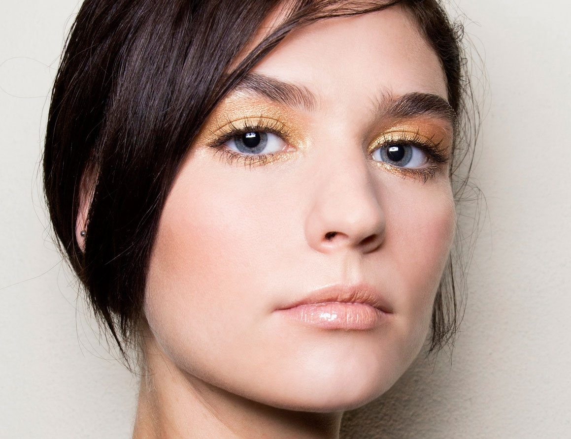 Eyeshadow Tips For Blue Eyes And Brown Hair Wavy Haircut