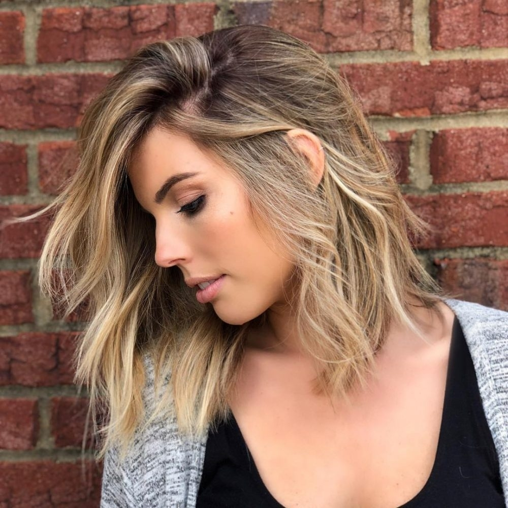 24 Medium Hairstyles For Oval Faces In 2019 for Asian Shoulder Length Hairstyles For Round Faces