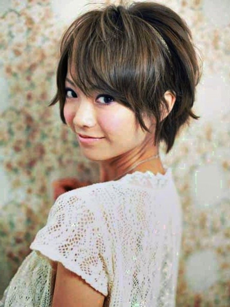 Asian Round Face Hairstyles - Hairstyle For Women Inspirations pertaining to Short Hair For Asian Round Face