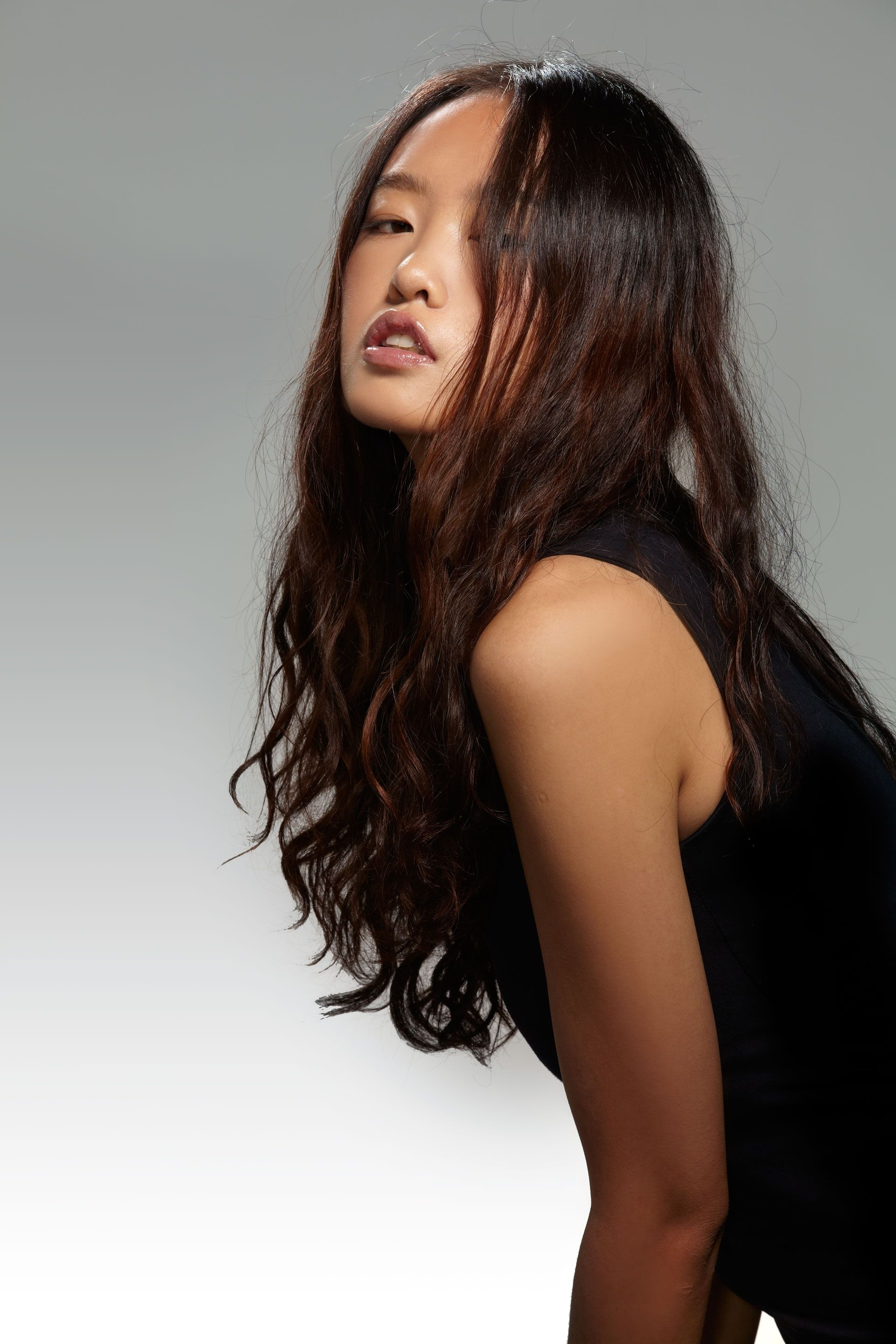 Best Asian Hairstyles & Haircuts - How To Style Asian Hair for Superb Asian Girl Long Hairstyles