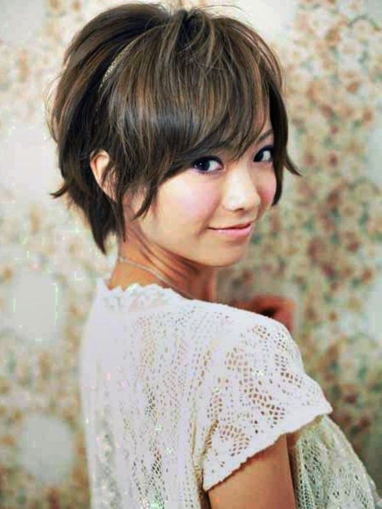 Medium Hairstyles For Asian Women : 2014 Women Haircuts Styles 2015 in Asian Haircut For Round Face Short Hair
