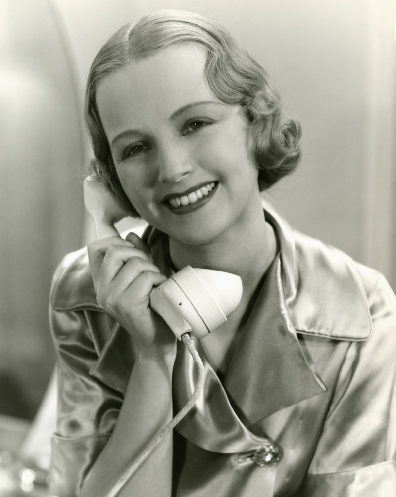 1930S Hairstyles For Women - Wavy Haircut