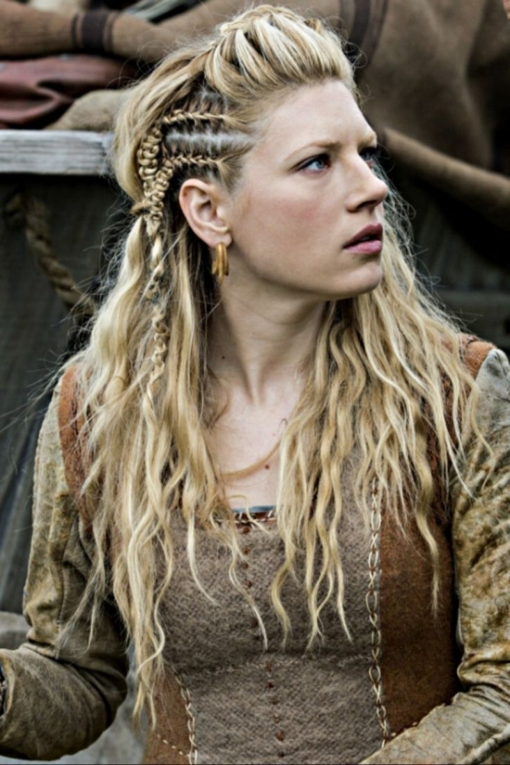 Pictures Of Ancient Celtic Hairstyles Wavy Haircut