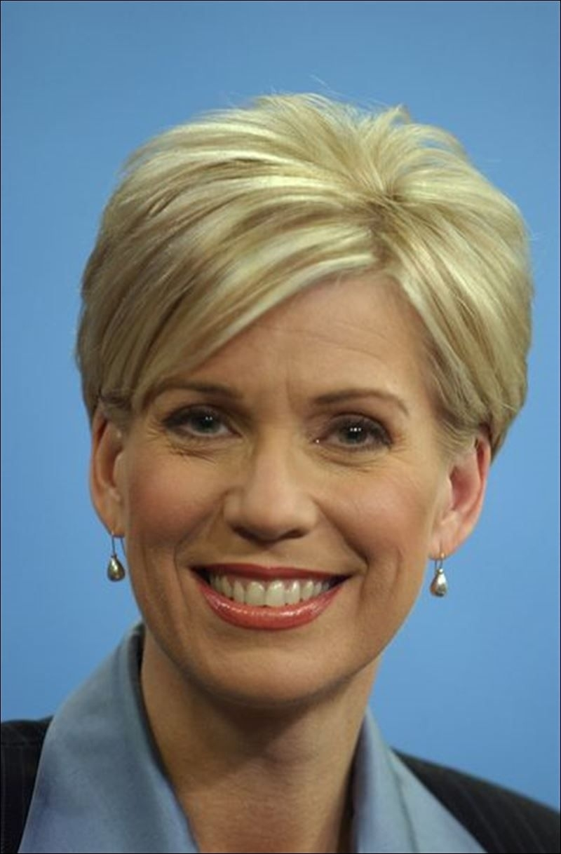 Diane Larson 13 Abc | Favorite Newscaster, Weather Persons with News Anchor Reporter With Pixie Haircut