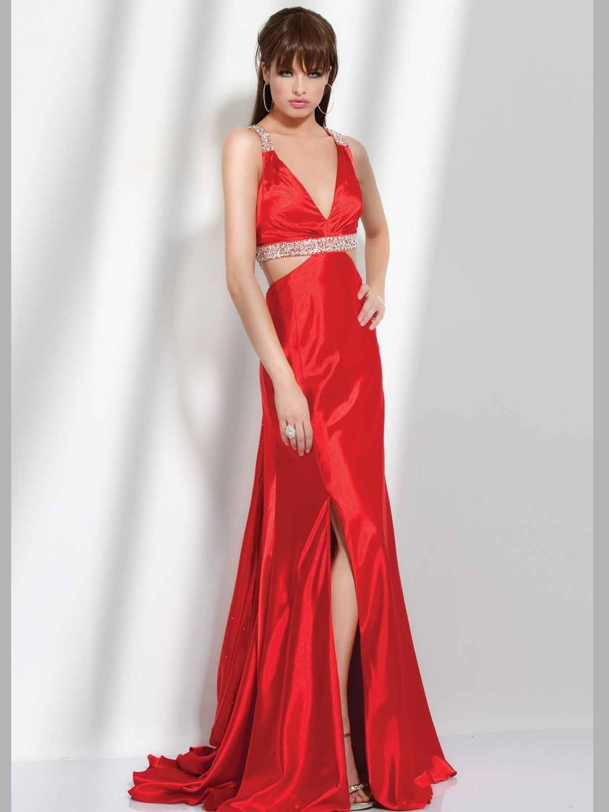 Hairstyle & Make-Up Ideas For Wearing A Red Dress - Women pertaining to Cool Hairstyles For Red Dress