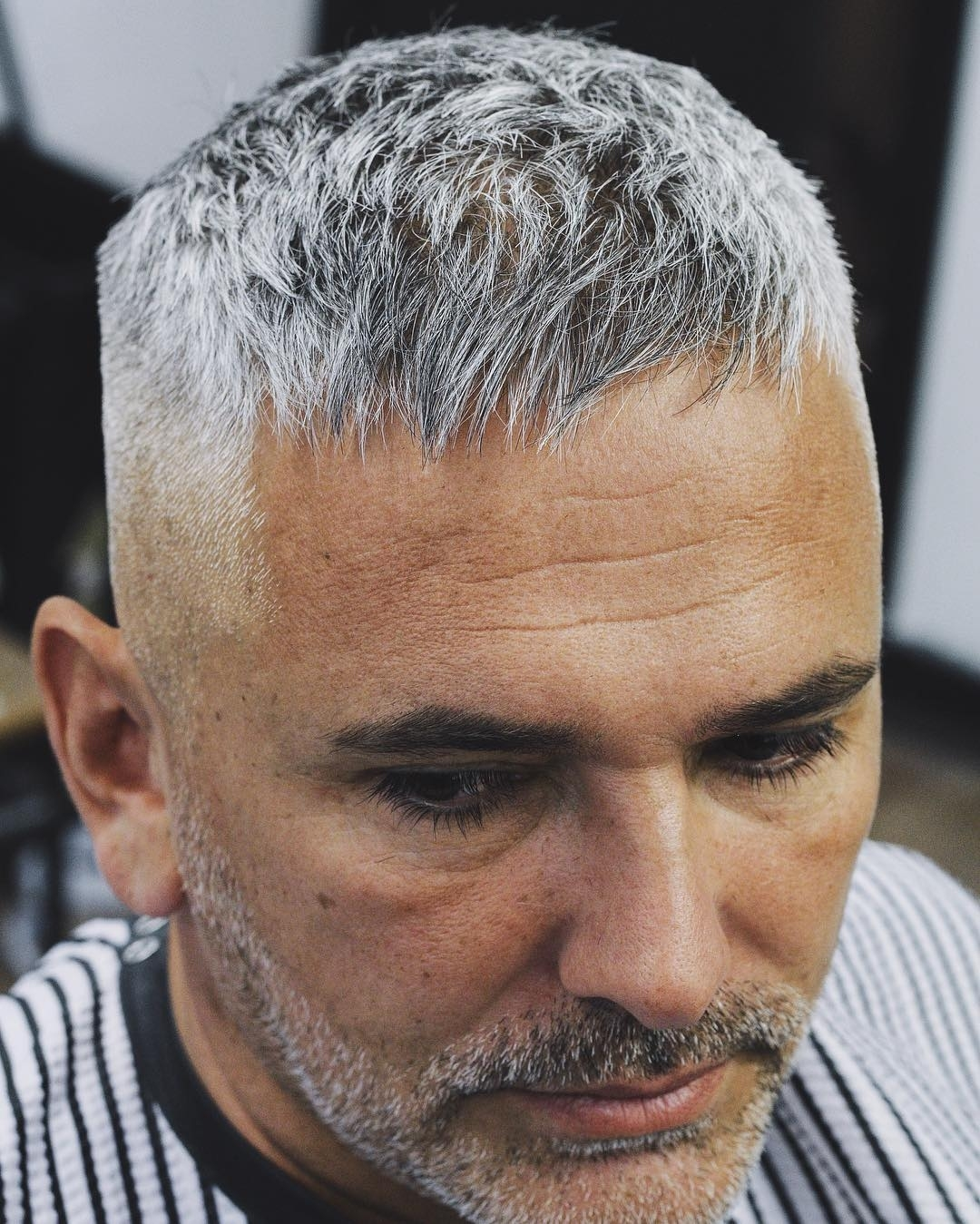 Short Haircuts For Men Over 60 - Wavy Haircut