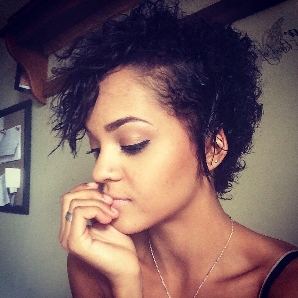 Mixed Race Short Hairstyles   Wavy Haircut