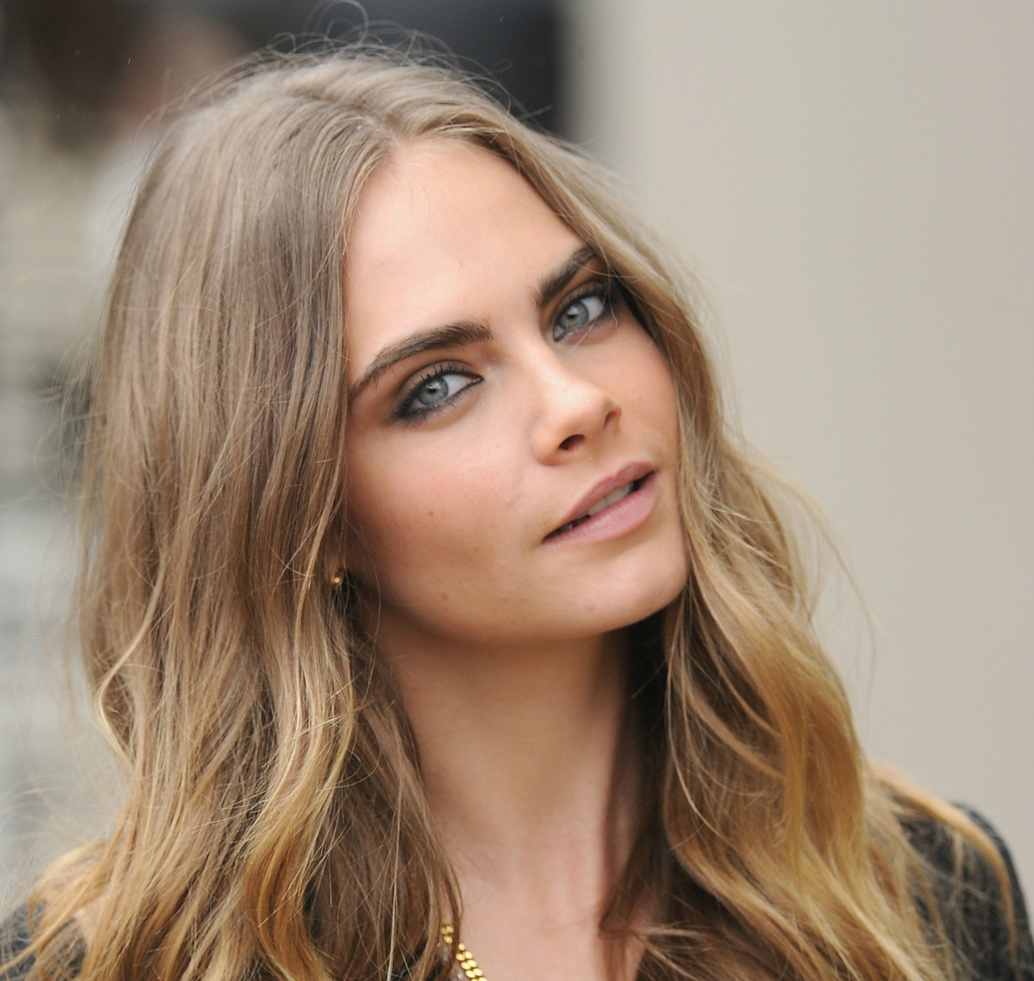 The Best Makeup Colors For Blue Eyes   Glamour intended for Makeup Colors Blue Eyes Brown Hair