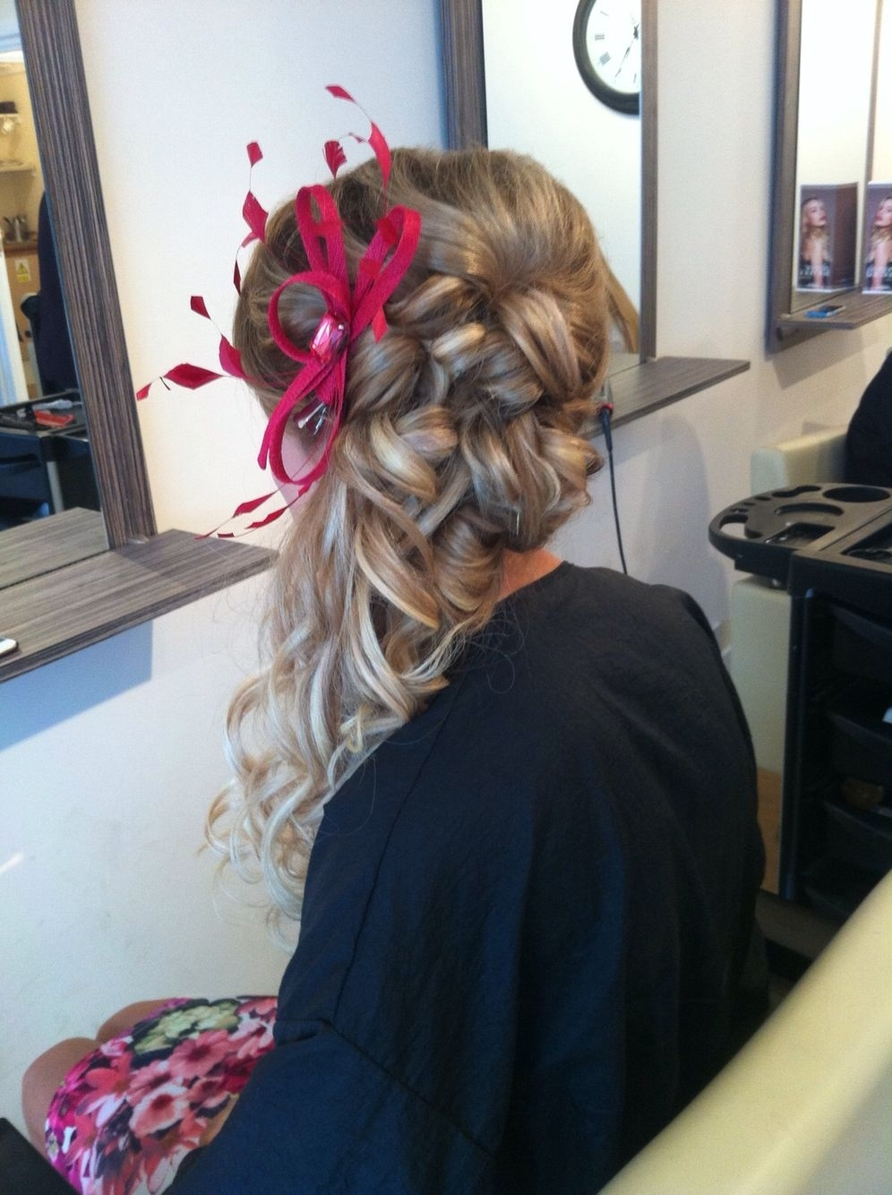 Wedding Hairstyles With Fascinators Wavy Haircut