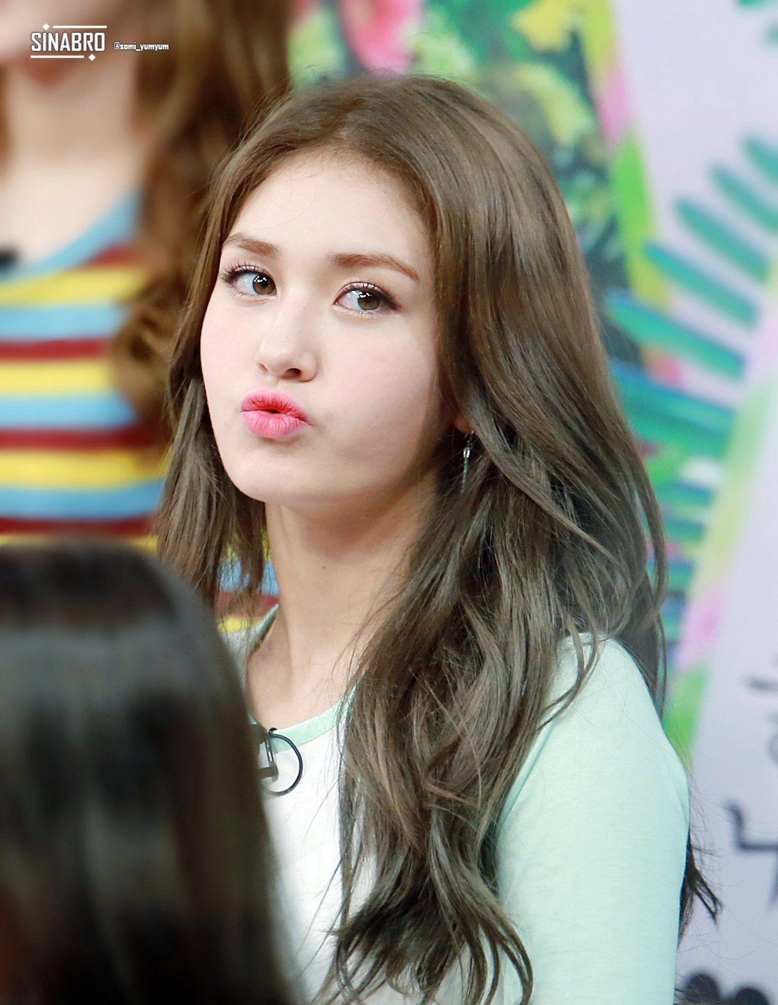 Jeon Somi   Somi   Pinterest   Kpop And Korean with Jeon Somi Hair Color