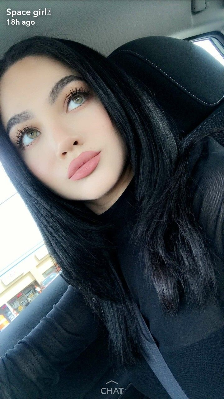 Nessagomez98 (With Images) | Black Hair Pale Skin, Hair within Eyeshadow Colors For Green Eyes And Black Hair