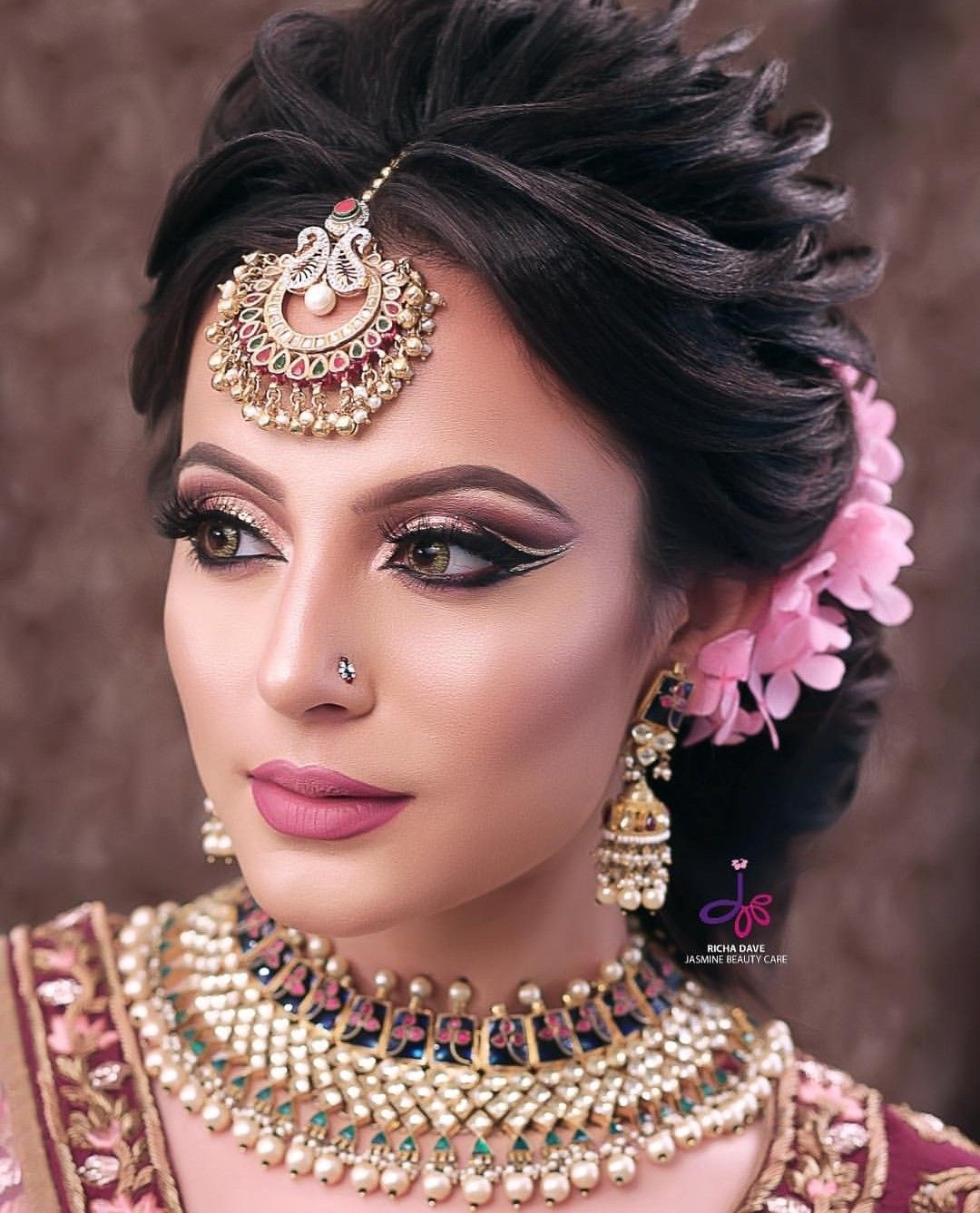 Shikachand | Indian Wedding Hairstyles in Indian Wedding Day Makeup Pictures