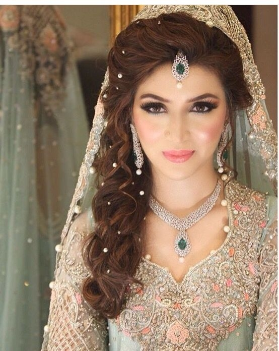 18 Most Pinned Indian Bridal Hairstyles | Indian Makeup regarding Indian Bridal Hairstyle For Saree