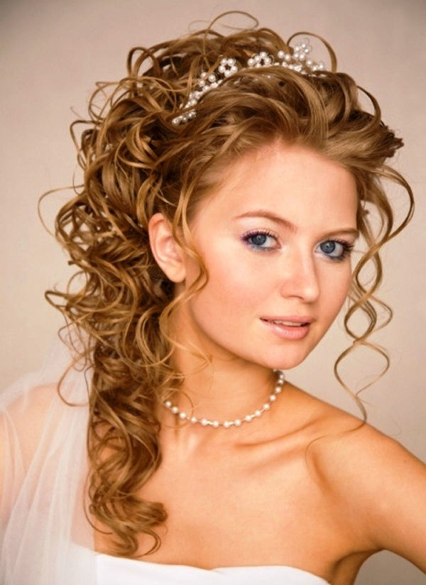 Top 30 Most Beautiful Indian Wedding Bridal Hairstyles For regarding Indian Wedding Hairstyle For Long Face